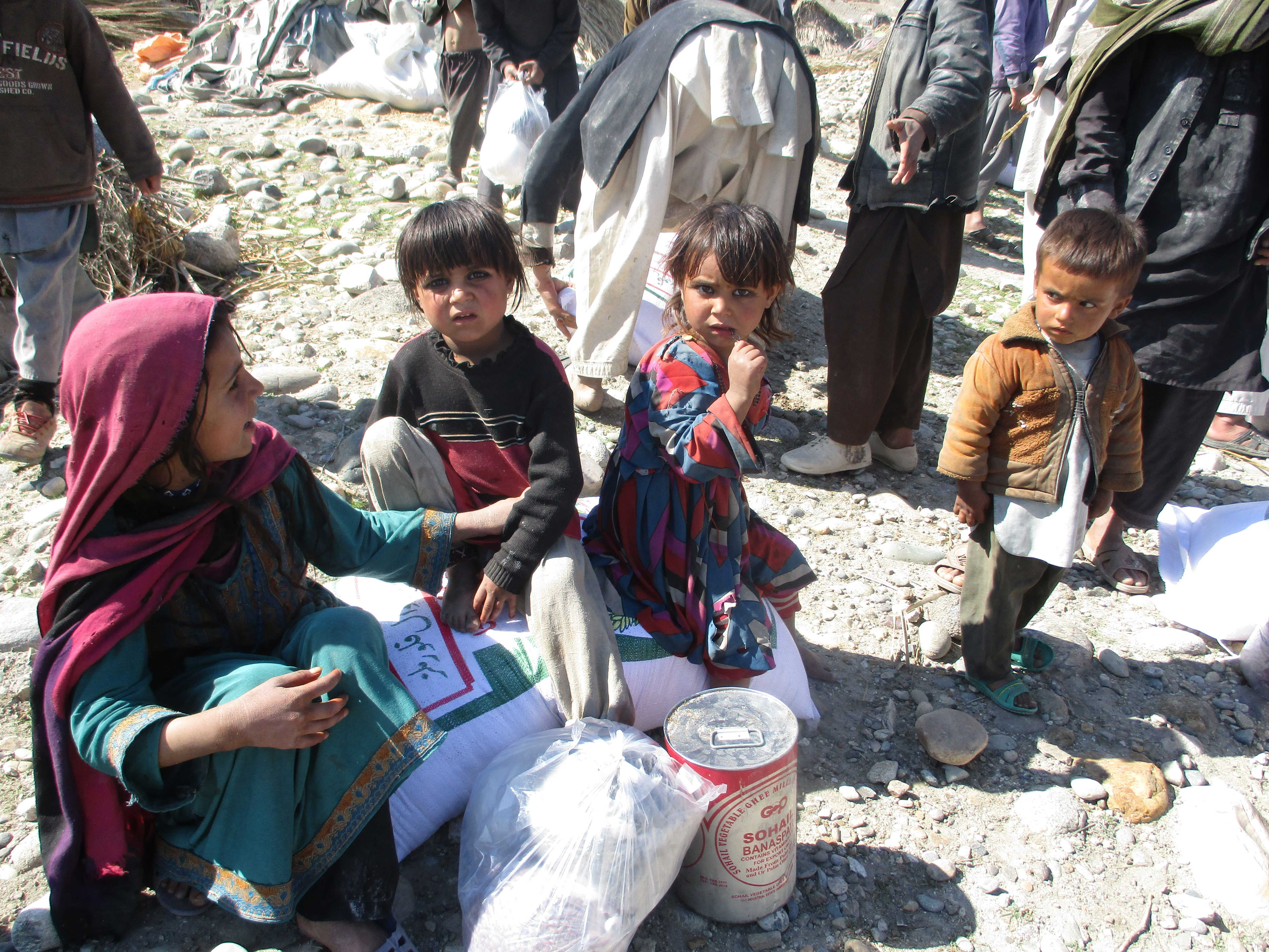 Afghanistan: Lebensmittelhilfe soll 20.000 Menschen durch den Winter bringen.